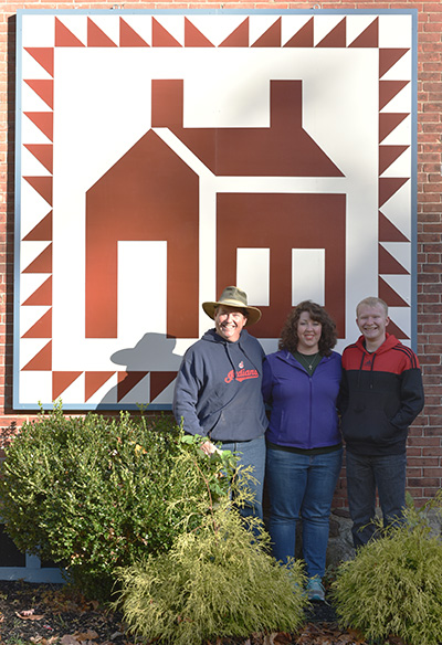 Jeff and Rachel Scribben, with their son, Brandon, a barn quilt building/painting team.
